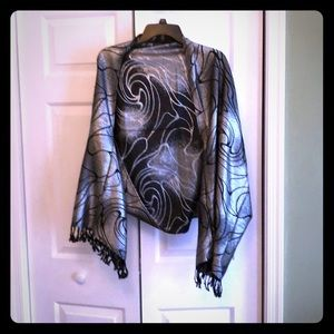 Accessories - Silver shimmer shawl